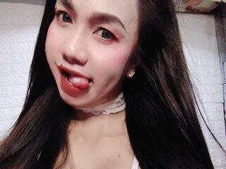 AliceQuinto camshow naked